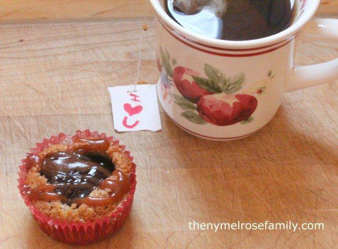 Cinnamon Raspberry Cupcake with Tea