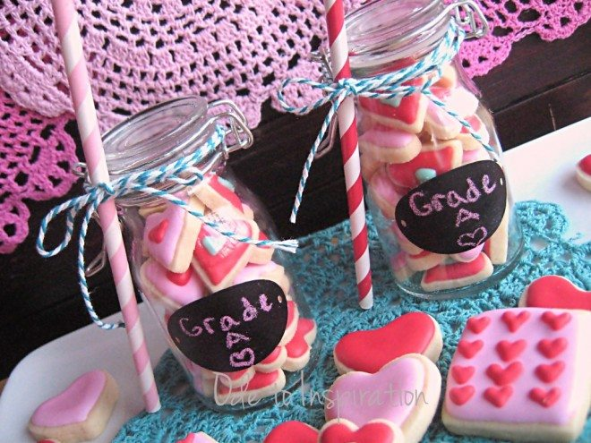 Grade-A-Valentines-Cookies-in-Milk-Bottle-1024x768