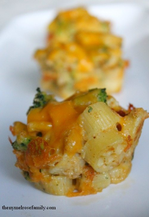 Mac n Cheese Cupcakes with Broccoli