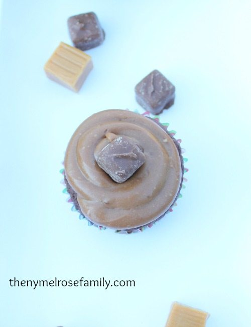 Milky Way Cupcakes for Game Day #shop