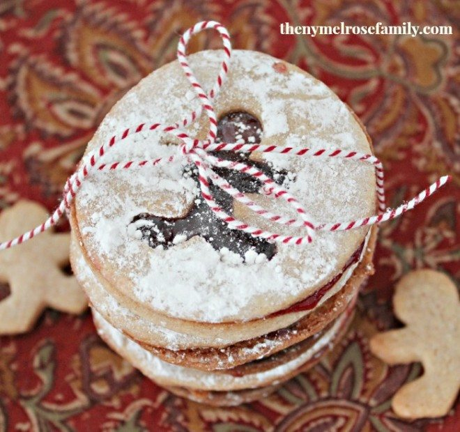 Almond Raspberry Sandwich Cookies:Christmas Cookie Exchange - Made To ...
