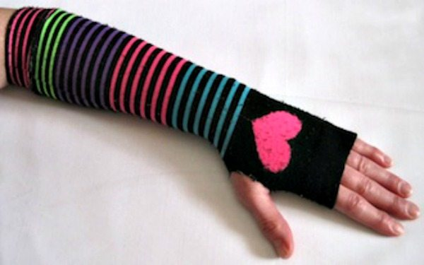 fingerless-jewelry-making-gloves4-330x206
