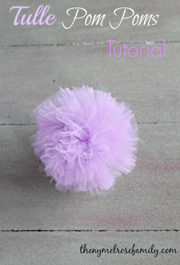 Tulle Pom Poms Tutorial #diy #pompoms #partyideas