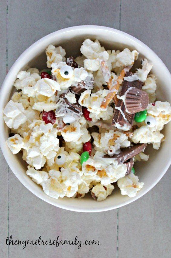 Melted Snowman Popcorn