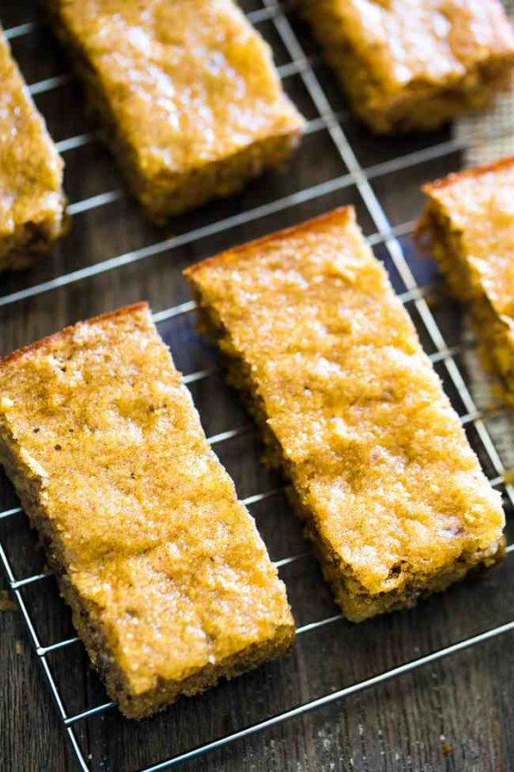 Cornbread Protein Bars with Apples and Dates