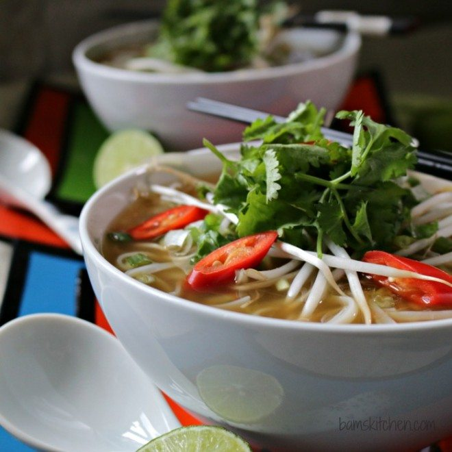 Easy-Beef-Phở-with-Oodles-of-Noodles-_IMG_1420