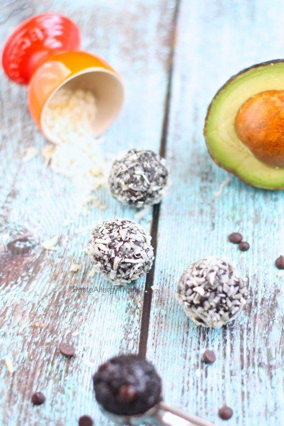 Healthy Chocolate Avocado Bars