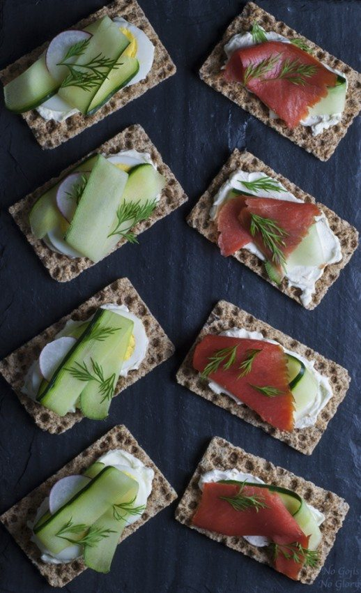 Healthy Snacks Crispbread with Healthy Toppings