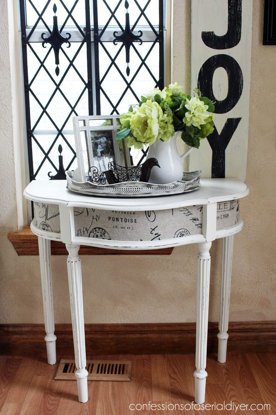 Entry-Table-with-Fabric-Inlay-2
