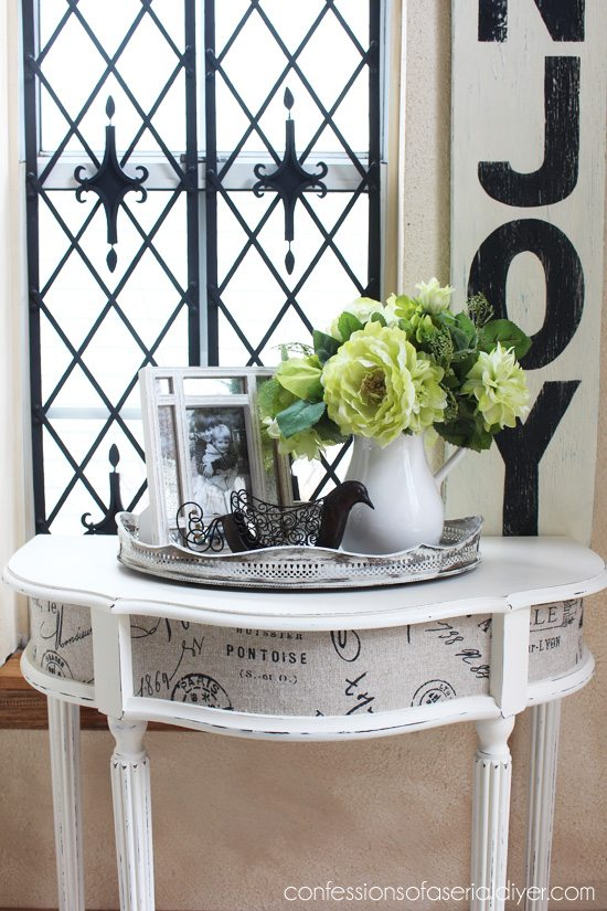 Entry-Table-with-Fabric-Inlay-6