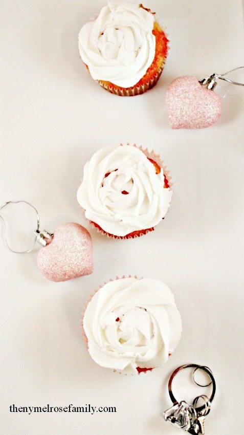 Jello poke cake cupcakes