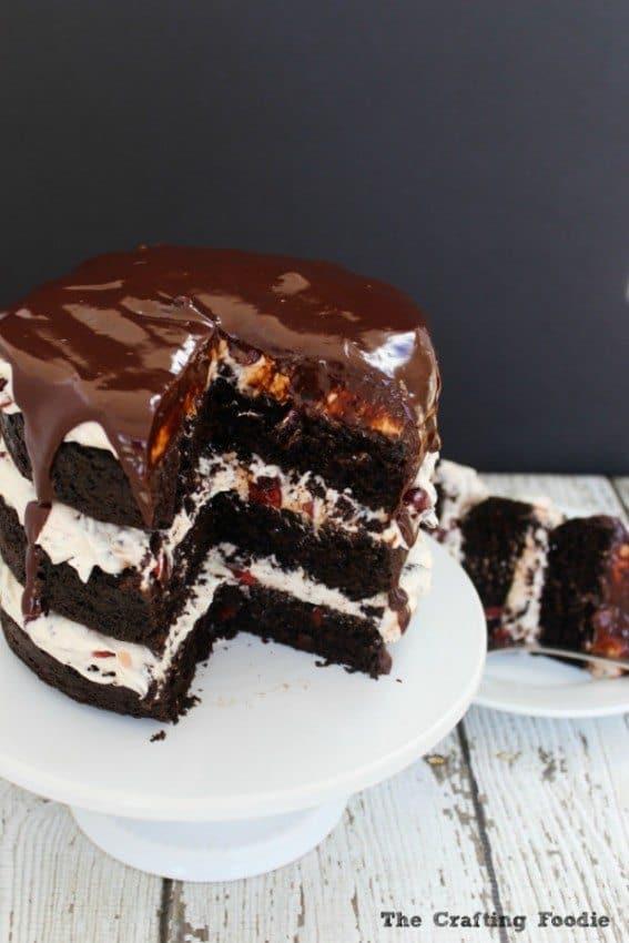 Chocolate-Cherry-Cake-Inside-2-Final-e1446527112618