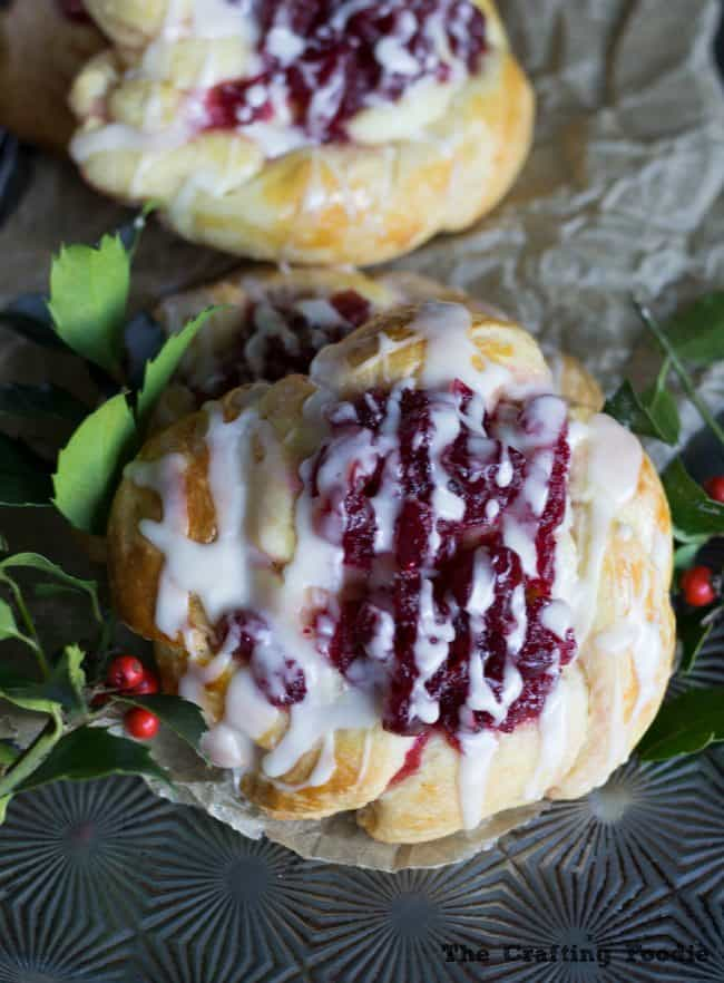 Cranberry-Coffee-Cake-Pastries_The-Crafting-Foodie-e1451285470206
