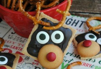 Reindeer Grahams by This Mama Loves