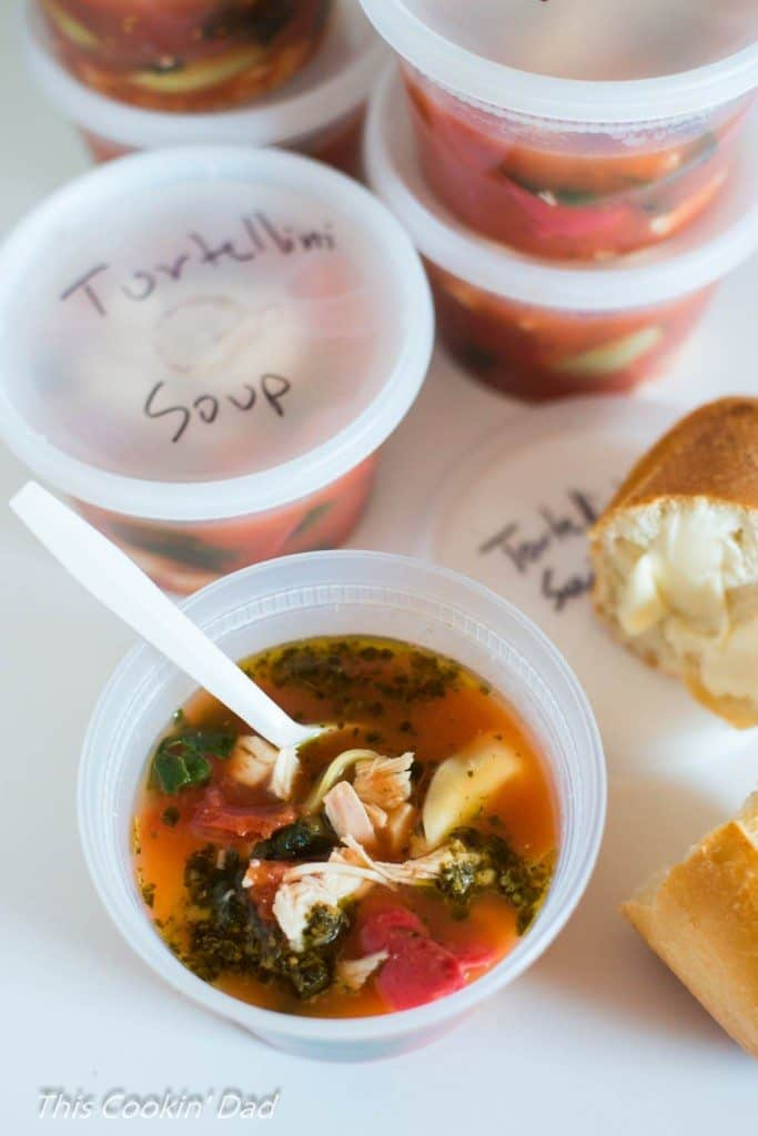Chicken and Spinach Tortellini Soup in containers