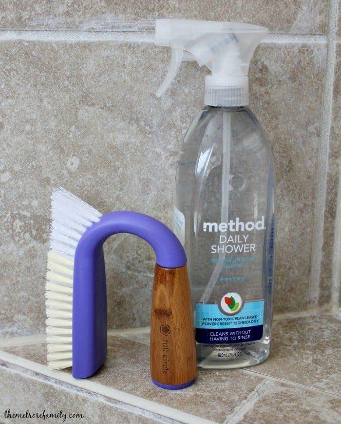 How to clean a shower naturally