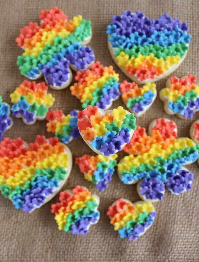 Rainbow-Fondant-Flowers-3-e1431490545136