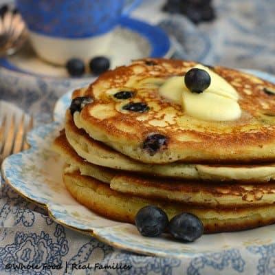 Blueberry-Lemon-Ricotta-Pancakes-650x650-400x400
