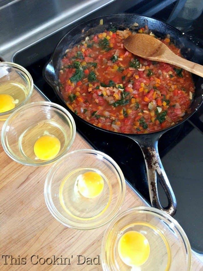 Pepper and Kale Shakshuka egg prep