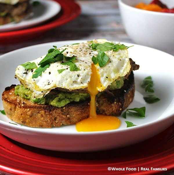 Avocado-Crostini-with-Beef-and-Eggs-600x600-busted-yolk