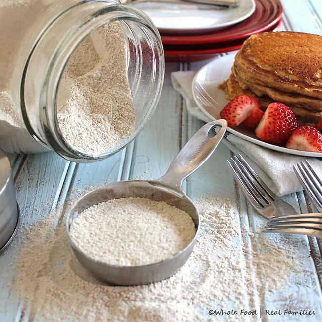 Whole-Wheat-Pancake-Mix-650x650