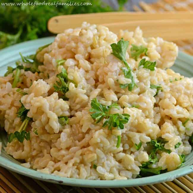 Herbed-Brown-Rice-650x650