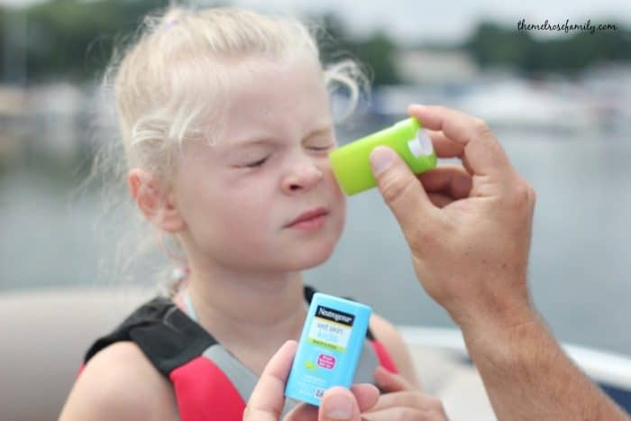 Tips for Sun Protection - use sunscreen stick