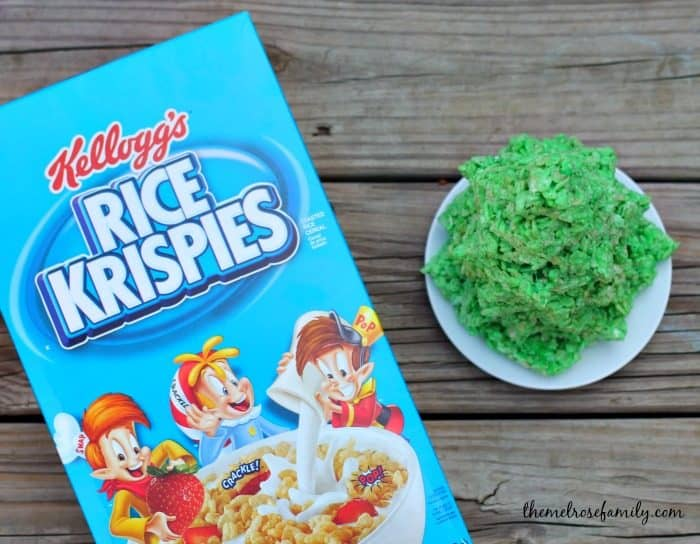 stacked-christmas-tree-rice-krispies