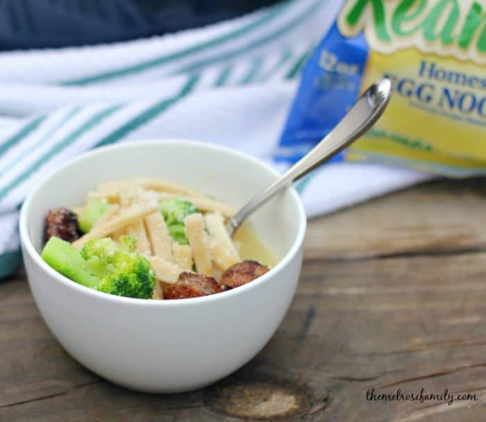 broccoli-noodle-with-sausage-soup