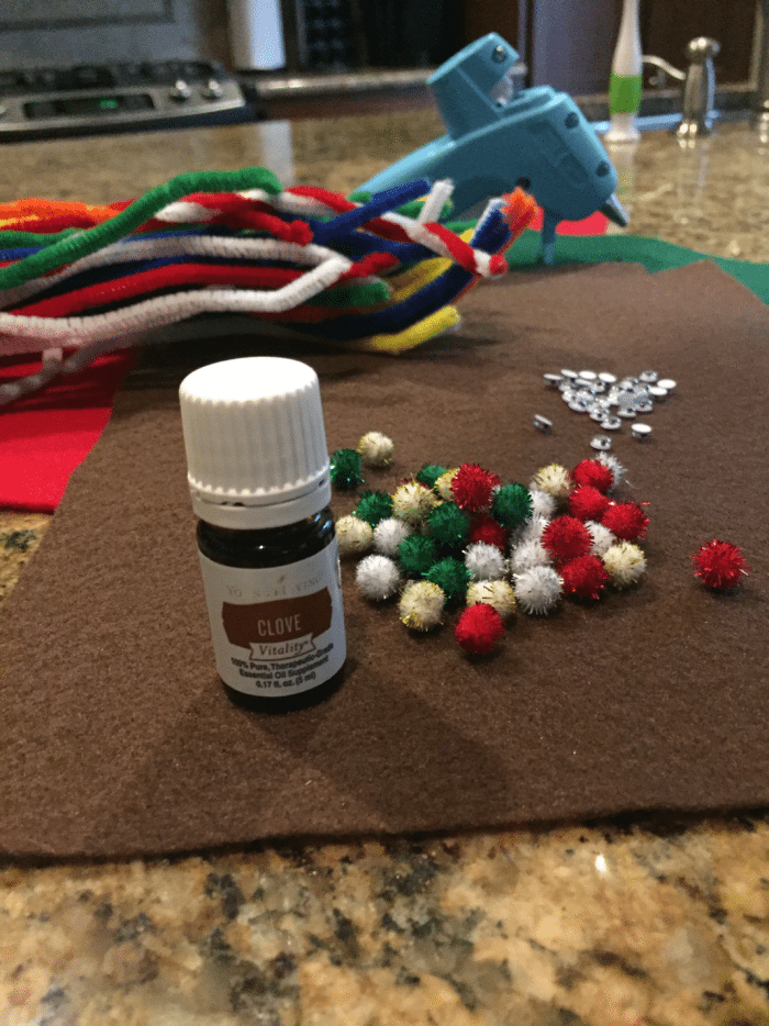 In just a few minutes you can make these essential oil gift toppers!
