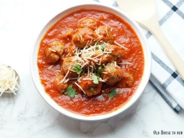 You'll love this dinner! These are the best classic Italian meatballs around!