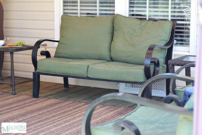 Plenty of seating for backyard entertaining