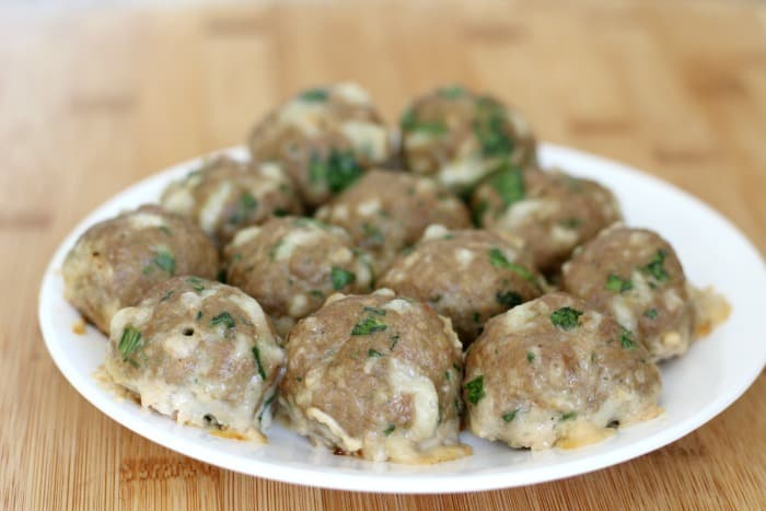 One bite of these cheese and spinach turkey meatballs and your kids will be begging for more