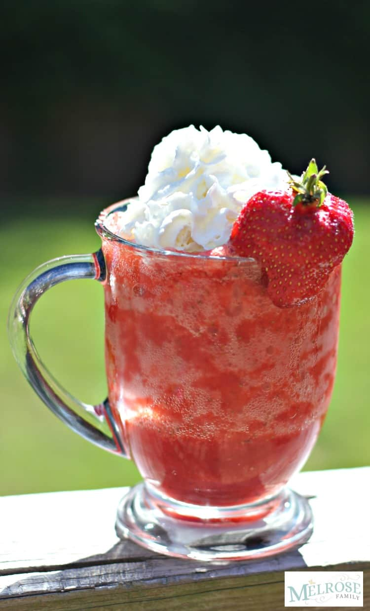 Sugar Free Strawberry Slushie with sugar free whipped topping