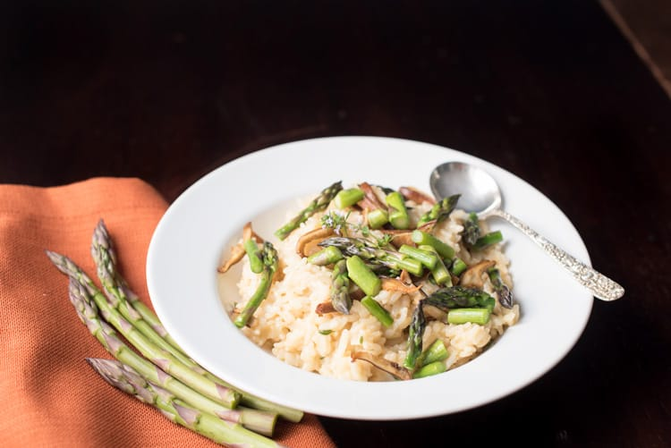 Instant Pot Asparagus Risotto with orange napkin