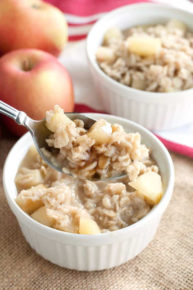 Apple Cinnamon Oatmeal Breakfast recipe